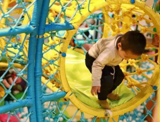 image.png 室内儿童乐园多大面积比较合适? 加盟资讯 游乐设备第2张