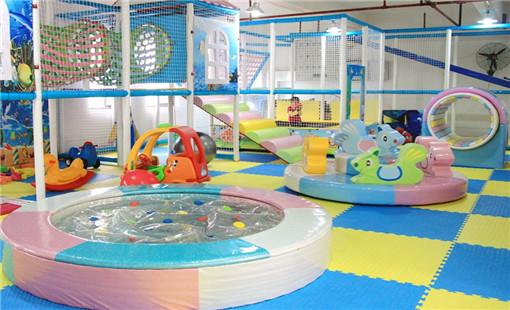 201309131636015174372.jpg 面对淡季儿童乐园应该如何经营和利用? 加盟资讯 游乐设备第2张