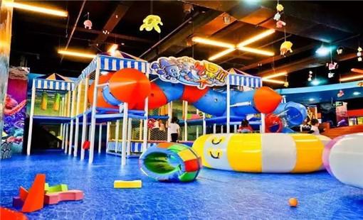e3e9-fyskeuc0607446.jpg 经营儿童游乐园应该自主创业还是选择加盟? 加盟资讯 游乐设备第2张